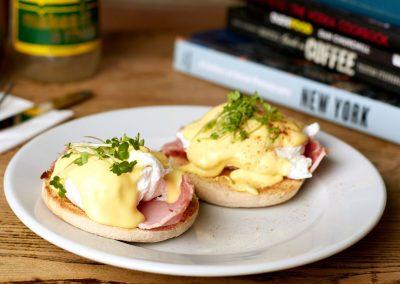 Twospoons-eggsbenedict